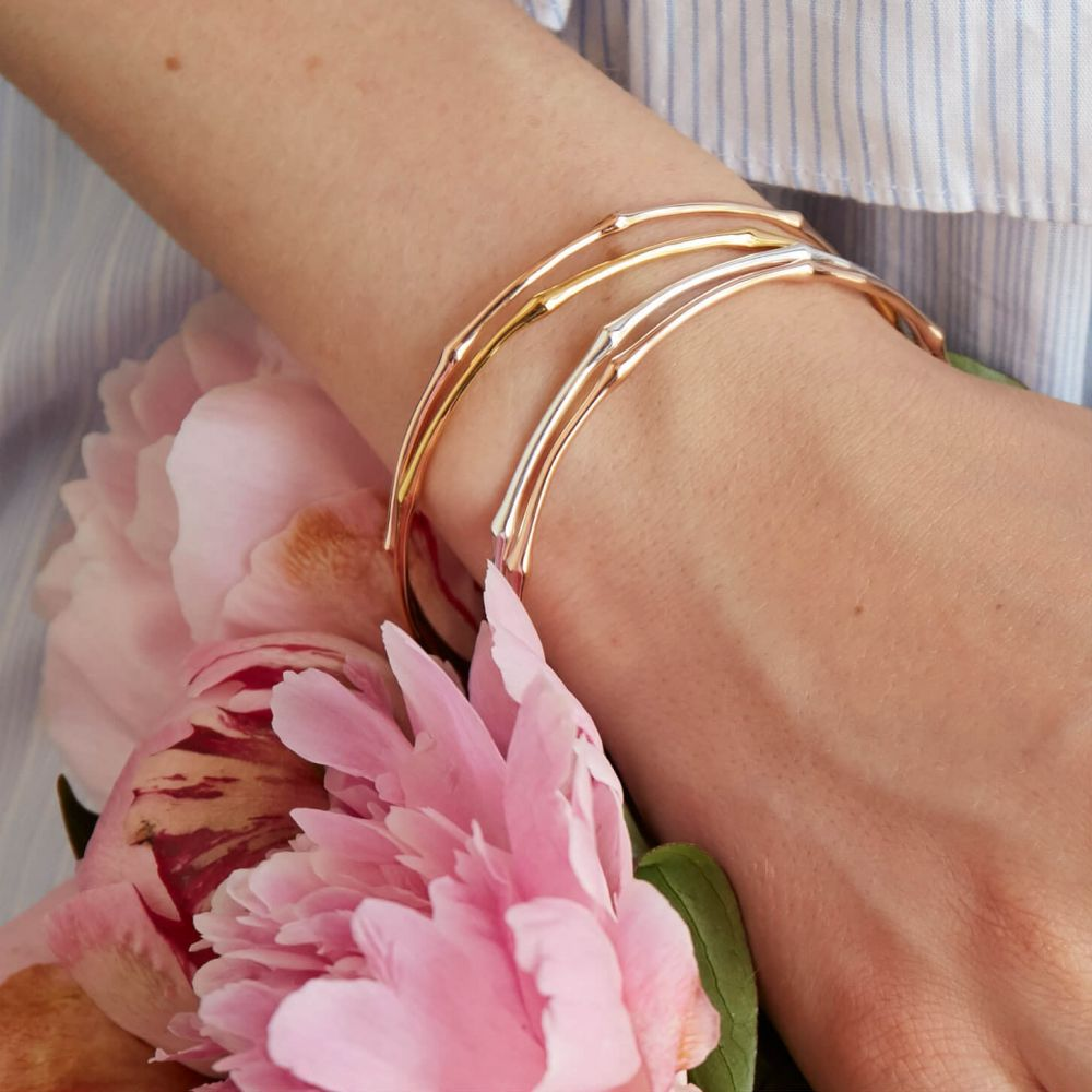 Dinny Hall Simple Bangles to Layer