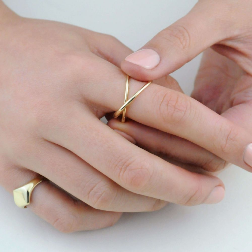 Friendship Simple Gold Ring