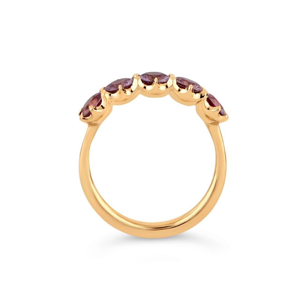 Yellow Gold five stone ring, set with pink sapphires