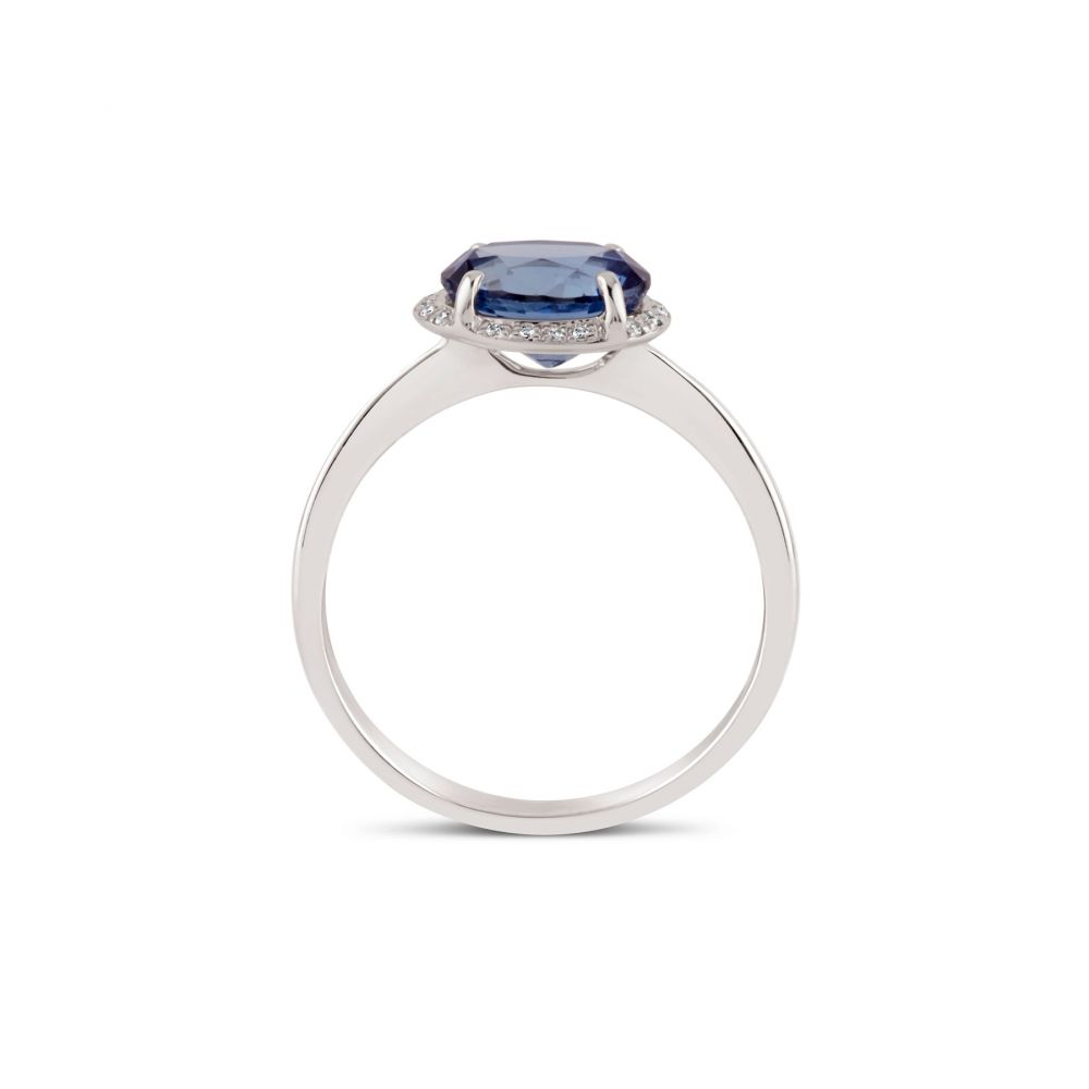 White Gold Ring set with Blue Sapphire and Diamond Ring