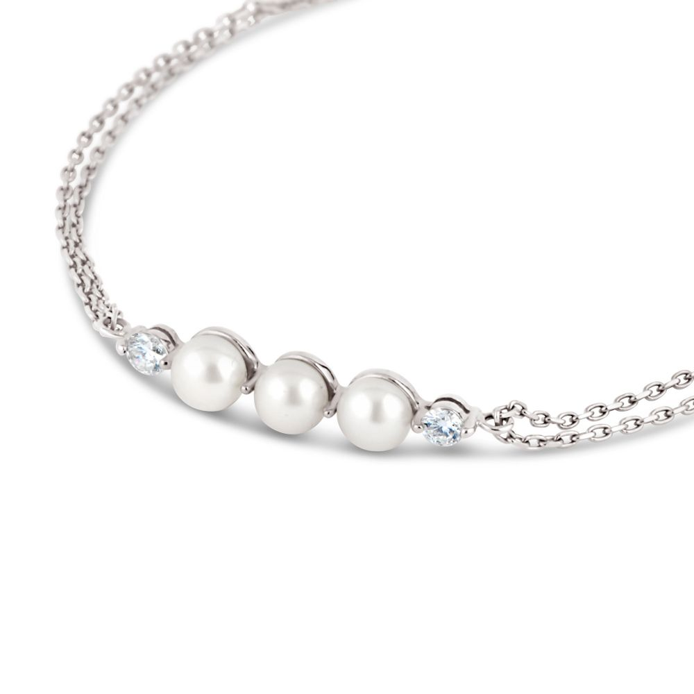White gold bracelet set with Diamonds and Pearls