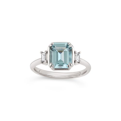 Mini Mae West 18k Gold Fine Aquamarine Ring