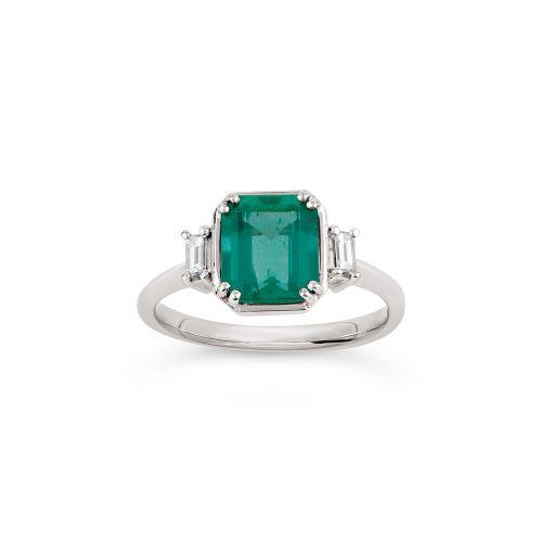 Mini Mae West 18k Gold Fine Emerald Ring