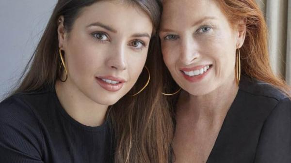 My Hoops: Aimée & Michelle Kelly